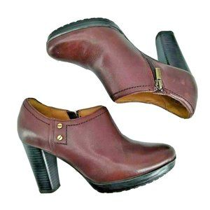 Clarks Artisan Oxblood Leather Ankle Booties